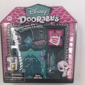 New Disney doorables Olaf's chill out
